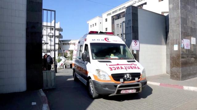 Gaza's health system 'about to be overwhelmed'