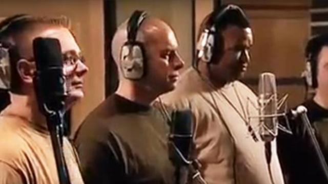 5 Soldiers come together to sing a touching song, more than 2