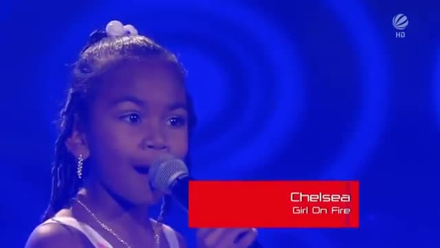 This tiny girl walked onstage, then blew everyone away with her powerful voice!