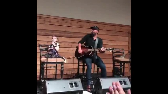 Girl with stage 4 cancer performs sweet duet with Luke Bryan