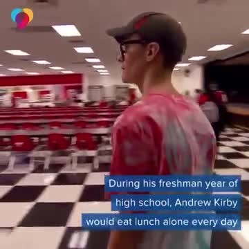 Teen eats lunch alone for years, then classmates ask a life-changing question