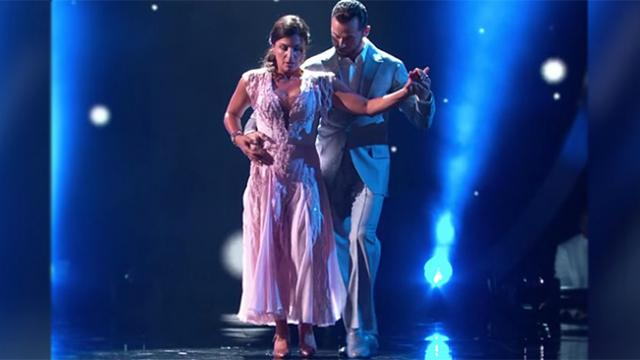 'Dancing With the Stars' featured first blind contestant, and her debut was simply stunning