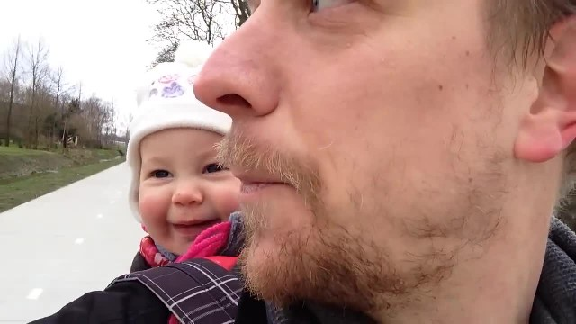 Dad asks baby girl to say 'papa' - her 'refusal' is lighting up the internet