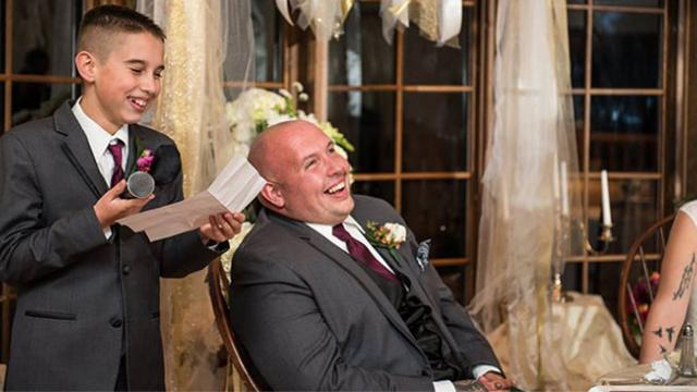 10-yr-old steals spotlight at dad's wedding with hilarious best man speech