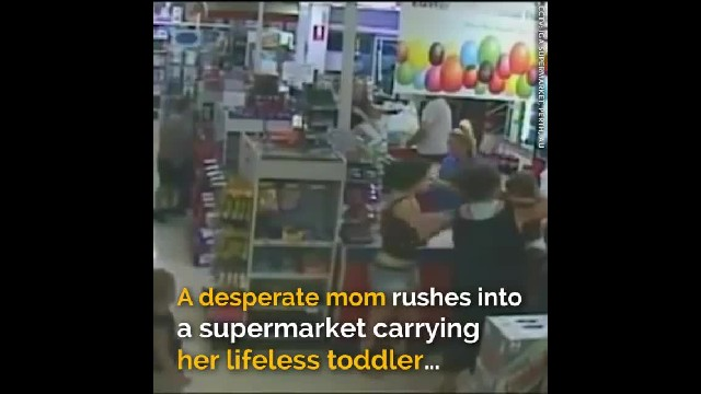 Desperate Mom Rushes Into Supermarket Carrying Her Lifeless Toddler – Then She Turns Around And Runs