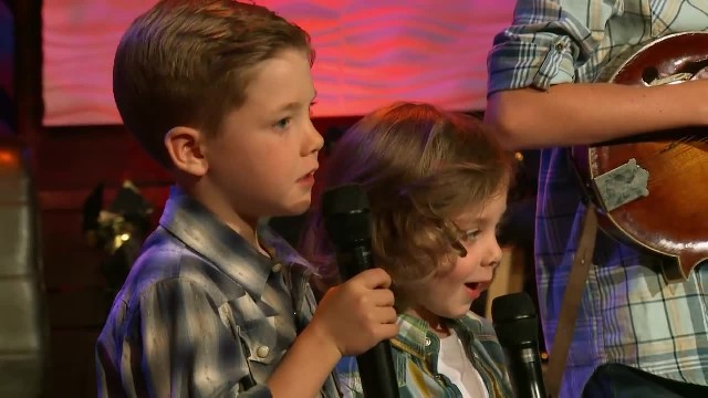 Josh Turner - The River (Of Happiness) (Live From Gaither Studios) ft. The Turner Family
