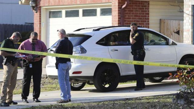 Pregnant woman killed on Christmas Day while her children were inside home in San Antonio