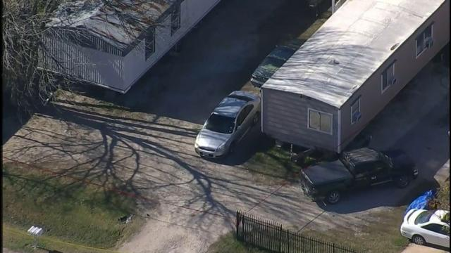 Texas resident grabs shotgun, shoots and kills 3 men during attempted home invasion