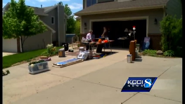 MAN'S OUT SHOPPING AT GARAGE SALE – LOOKS UNDER TABLE AND EYES GO WIDE AT RARE DISCOVERY