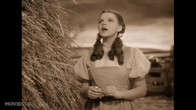 "Judy Garland Sang ""Over The Rainbow"" 79 Years Ago. Do You Still Remember This?"
