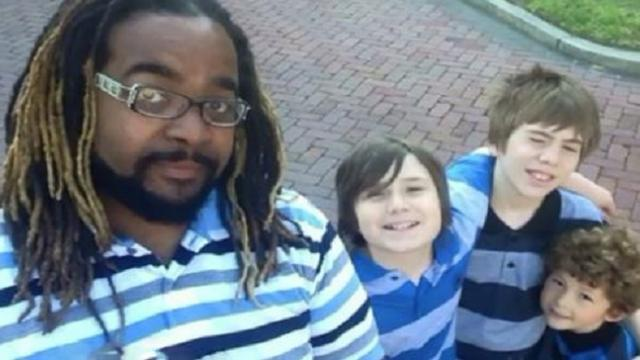 Single dad of 3 adopted his first son at 21 years old after growing up in foster care himself