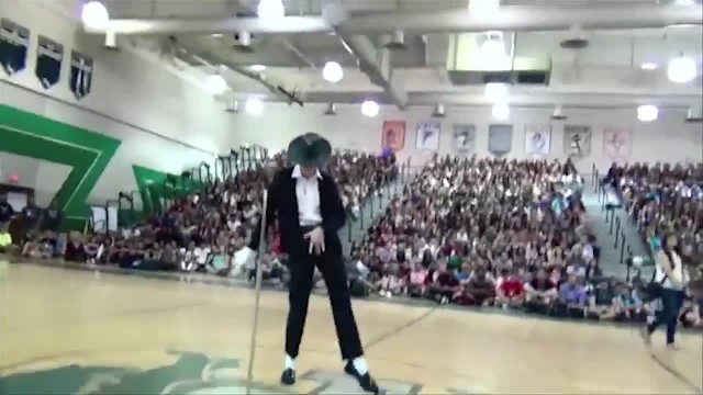 "All The Bullies Started Laughing When ""Quite Kid"" Took The Stage, Then The Music Started"