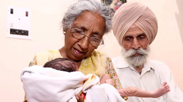 72-Year-old woman gives birth to baby boy and becomes one of the oldest moms in the world