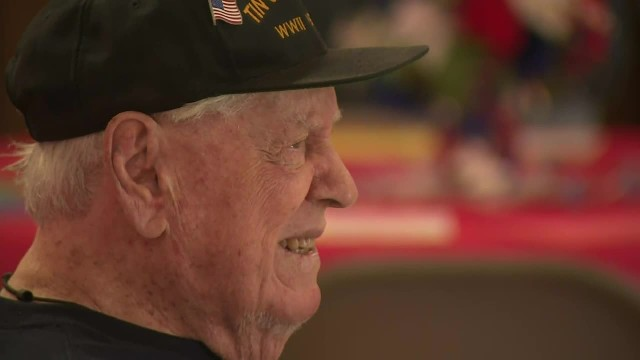 Thousands of strangers make 96-year-old veteran's birthday wish come true