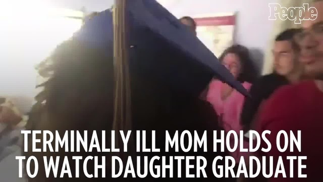 Terminally Ill Mom Holds on to Watch Daughter Graduate Before Dying the Next Morning
