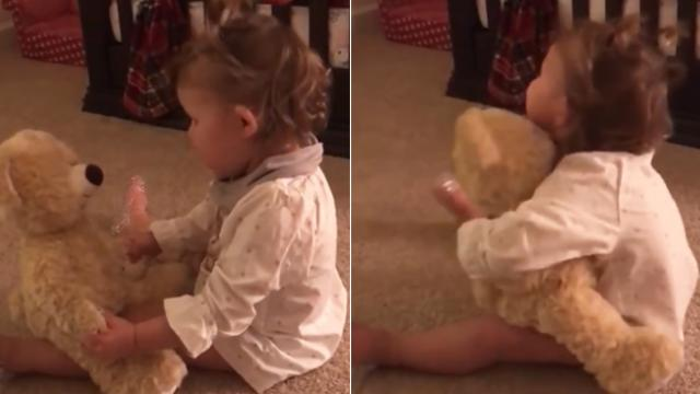 Baby girl gets bear from deployed daddy & Flips out when she squeezes its hand