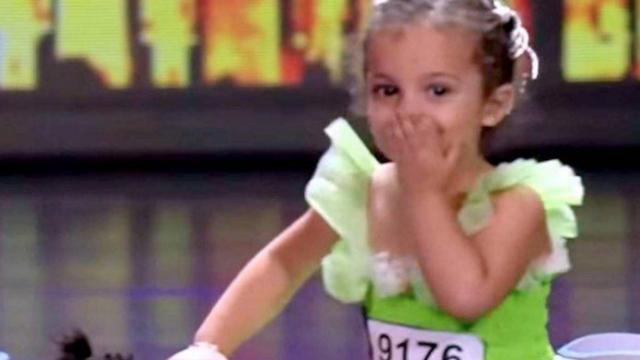 Four-year-old girl and little dog blow judges away with amazing performance
