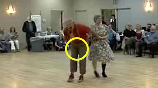 Suddenly old man grabs his crotch – seconds later everyone's