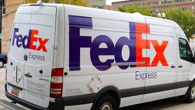 Amazon slams FedEx performance, won't allow sellers to use it for Prime deliveries