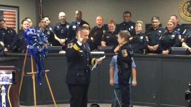 6-year-old girl with cancer sworn in as honorary police officer in Texas