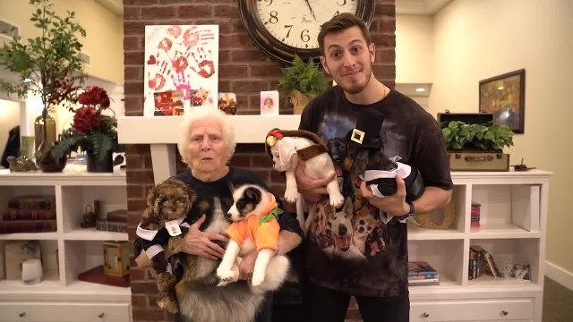 Bringing Puppies To Seniors With Alzheimer's for Thanksgiving - Ross Smith