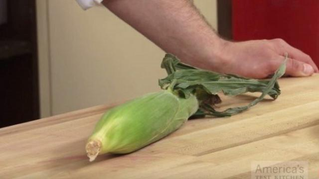 Once I saw this simple way of removing husk from corn, I'll never do it the same way again