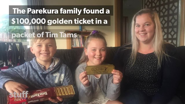 A $ 100,000 'gold ticket' discovered by North Canterbury family in their packet of biscuits