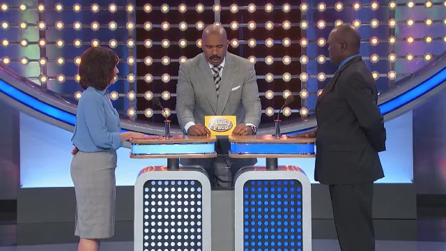 Steve Harvey goes crazy with laughter as contestant completely misses the buzzer