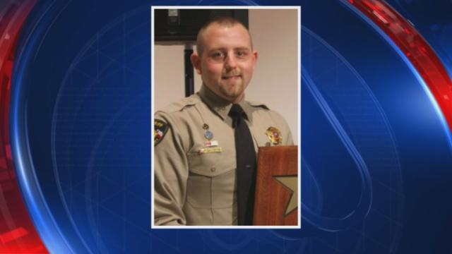 Texas sheriff's deputy, an Army veteran, fatally shot during traffic stop