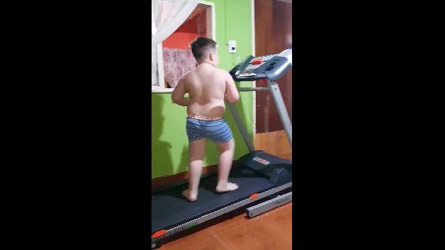 42m+ people have fallen in love with this little boy's adorable treadmill dance workout