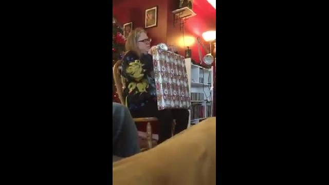 """""""After Bitter Divorce Ex Husband Shows Up At Christmas With Move Leaving Family Floored """""""