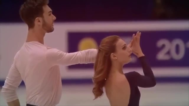 Amazing couple performs simply perfect dance to Ed Sheeran's hit—on ice