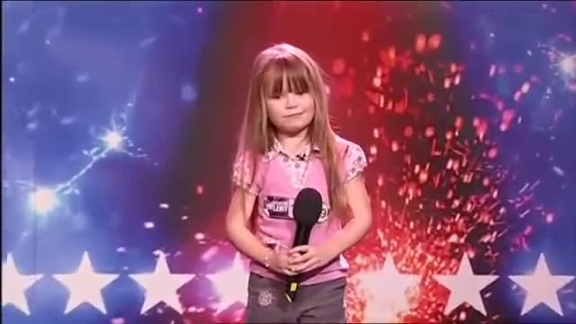"6-year-old sings ""Somewhere Over The Rainbow"" brings judges to tears with her powerful singing"