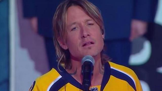 Keith Urban sings the national anthem for the first time, leaving audience speechless