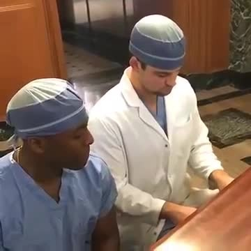 2 handsome Dr.'s Serenade patients. Sultry voice has internet falling in love