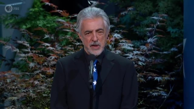 Tearful Sam Elliott recites WWII survivor's chilling account of D-Day