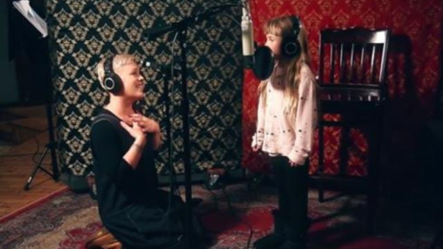 P!nk, Willow Sage Hart (P!nk's Daughter) - A Million Dreams - A Million Dreams (Reprise)