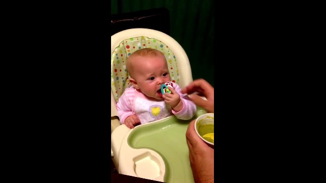 Baby's first words after trying peas for the first time have gone viral