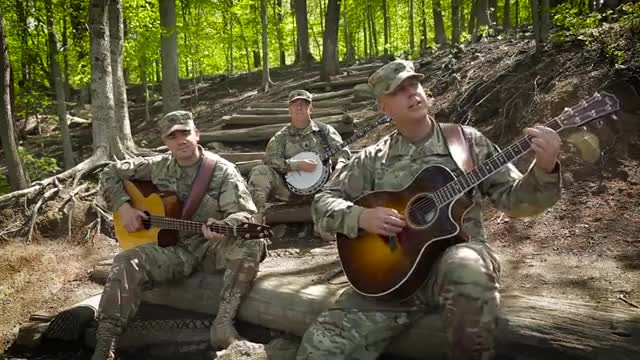 Six-String Soldiers of the U.S. Army Field Band Play a Beautiful Cover of Pink Floyd's 'Wish You Wer