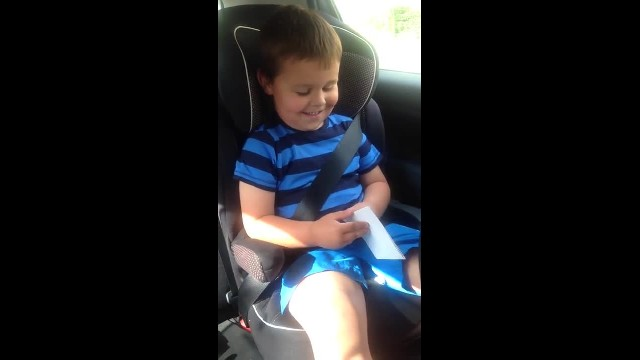 "This British boy has a new ""bab-ay brotha""—& His reaction to the news is cute. Ness. Over. Load!!!"