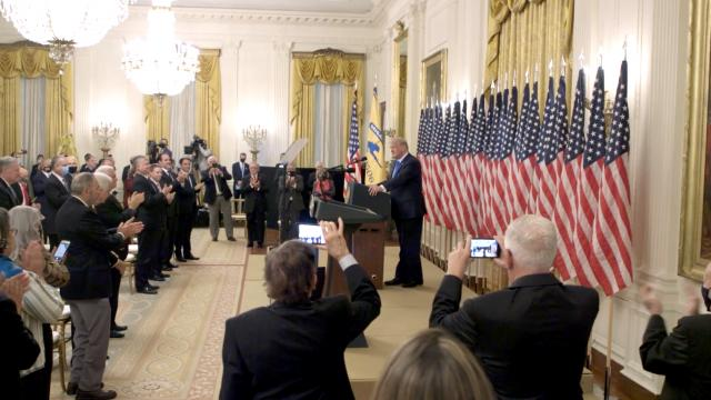 President Trump honors Bay of Pigs veterans