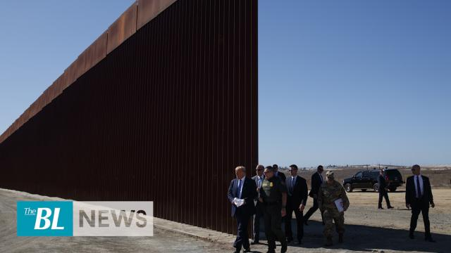 Trump visits Americas new border wall