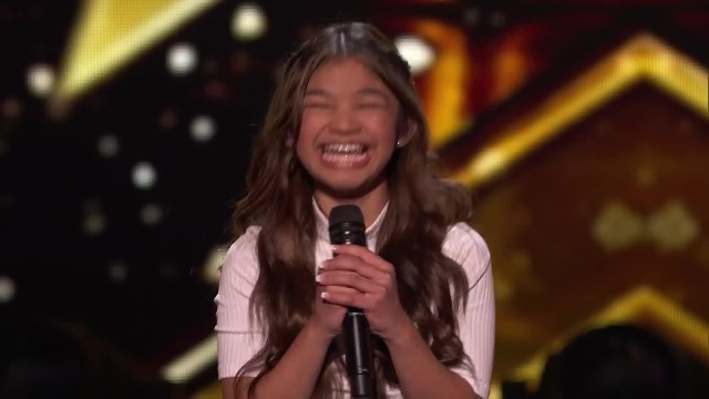 "Youngest performer on AGT ""Rips Ceiling Off"" with song forcing Howie to slam the golden buzzer"