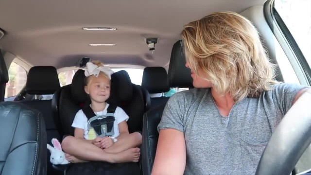 Dad turns on camera and hits record, later mom discovers video goes viral