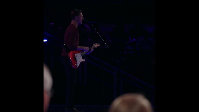 Dreamboat takes the stage paralyzing judges moment he pairs his stirring voice with guitar