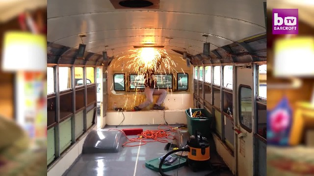 Family of 5 live in old bus to save on rent, but step inside and be in awe of a stunning home