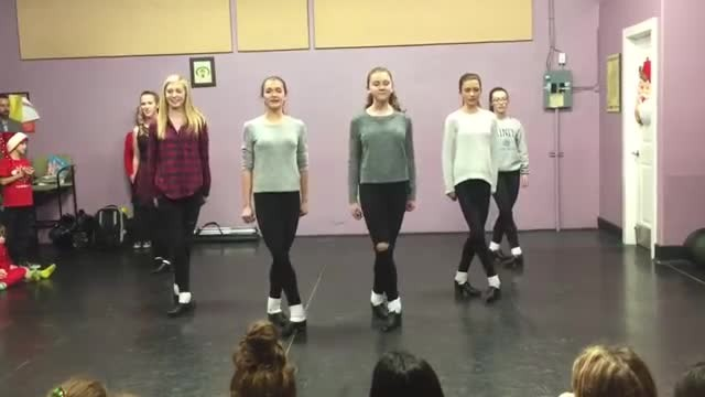 6 dancers grasp hands on stage but instant feet start to move unique clogging routine takes internet