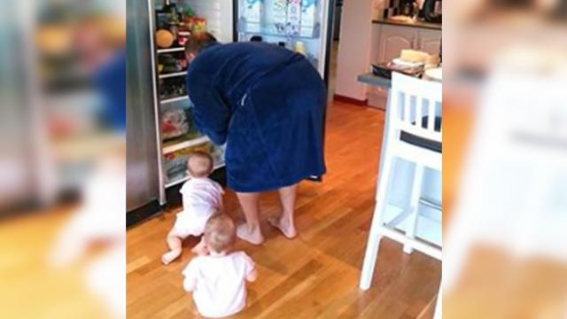 Twins' 'surprise attack' on daddy's breakfast has mom losing it and running for the camera