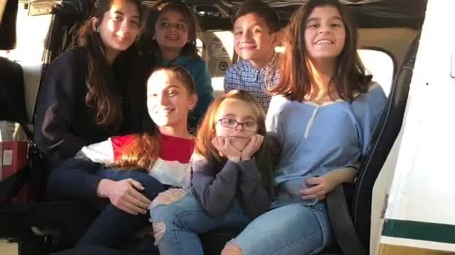 20-year-old raising 5 siblings after parents die of cancer, strangers touched by story gift her new