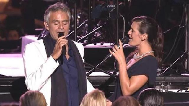 Andrea Bocelli sings a romantic duet with his beautiful wife so heavenly that it moves the audience